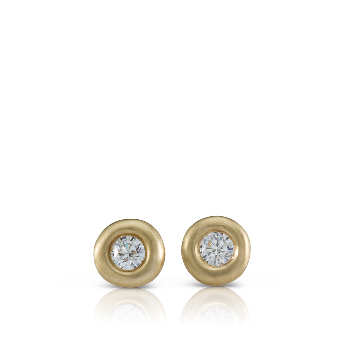 עגילי יהלומים צמודים 0.30ct
