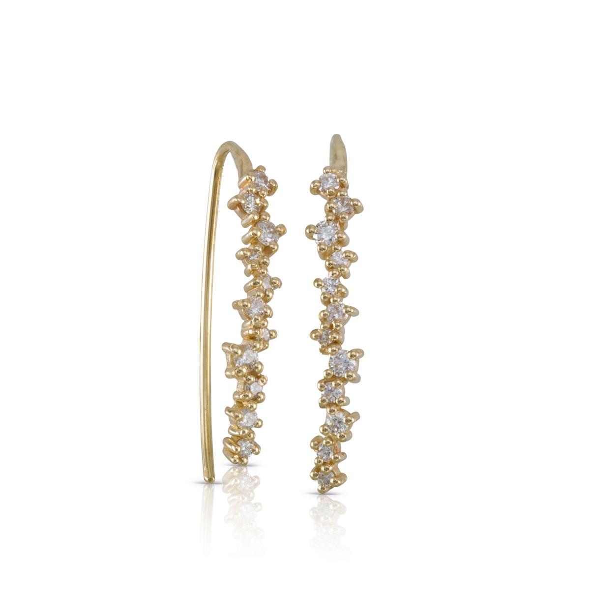 עגילי זהב ארוכים משובצים יהלומים בגדלים משתנים