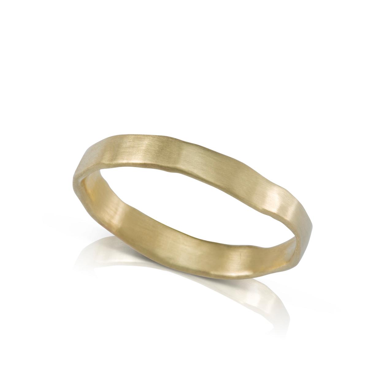 טבעת נישואין אסימטרית לגבר או לאישה