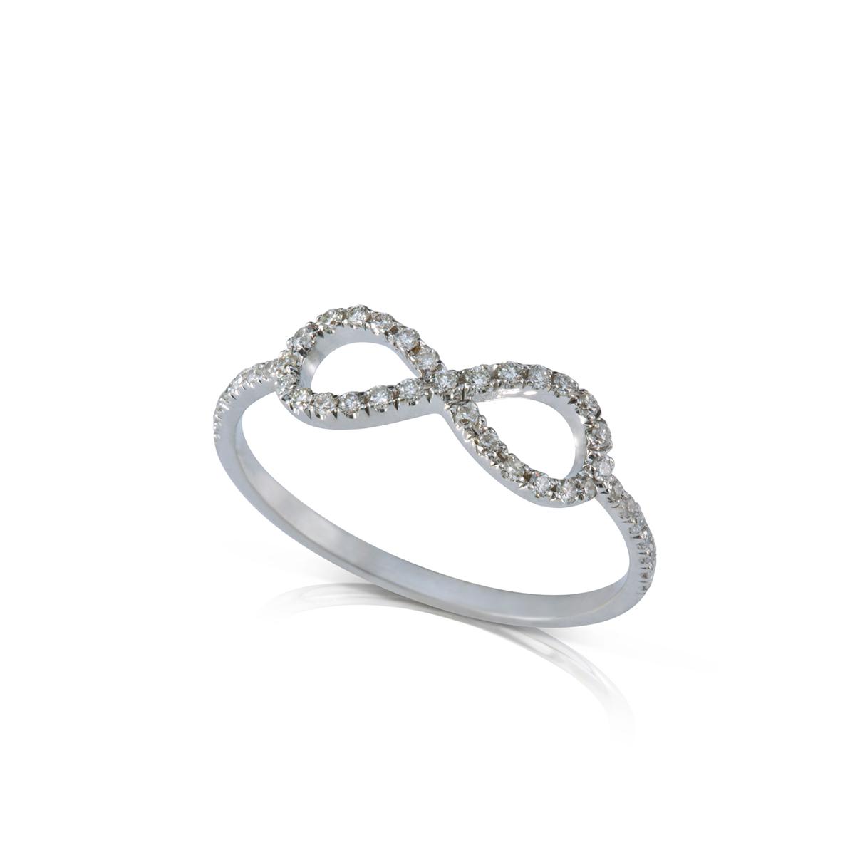 טבעת אינפינטי משובצת יהלומים