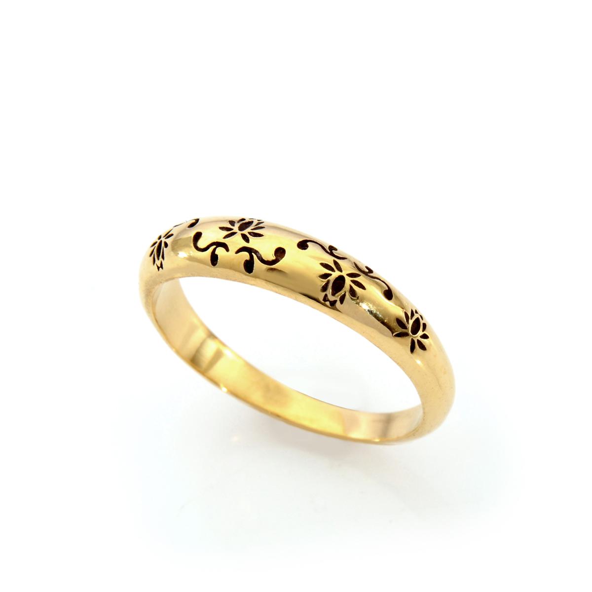 טבעת זהב עם חריטת פרחים מיוחדת
