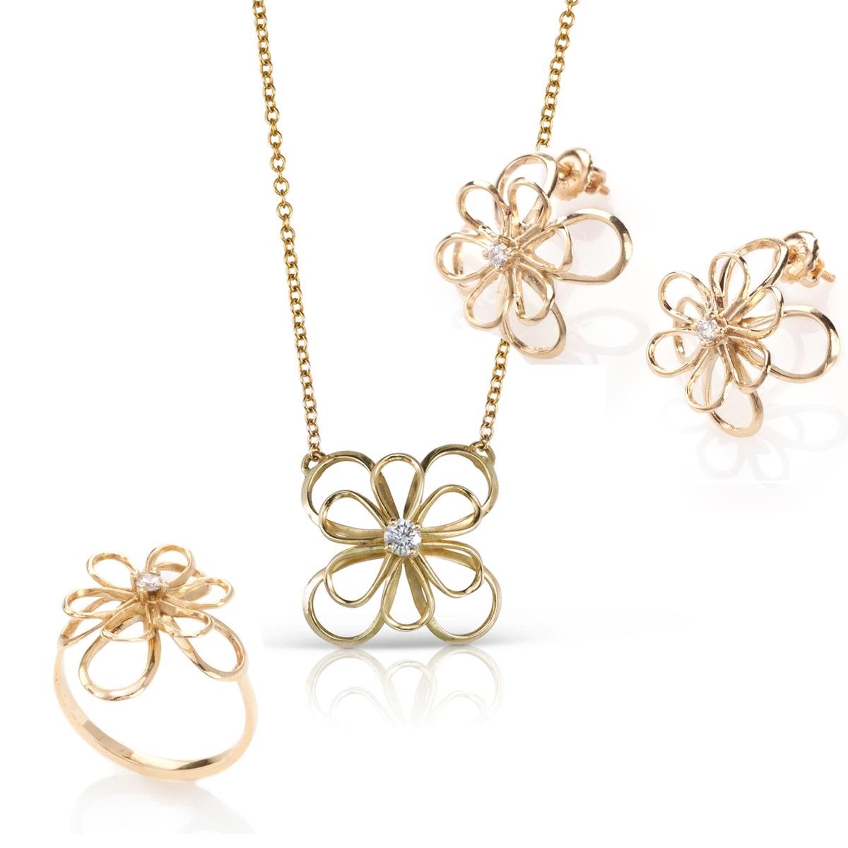 סט תכשיטי זהב בצורת פרח ויהלום מרכזי