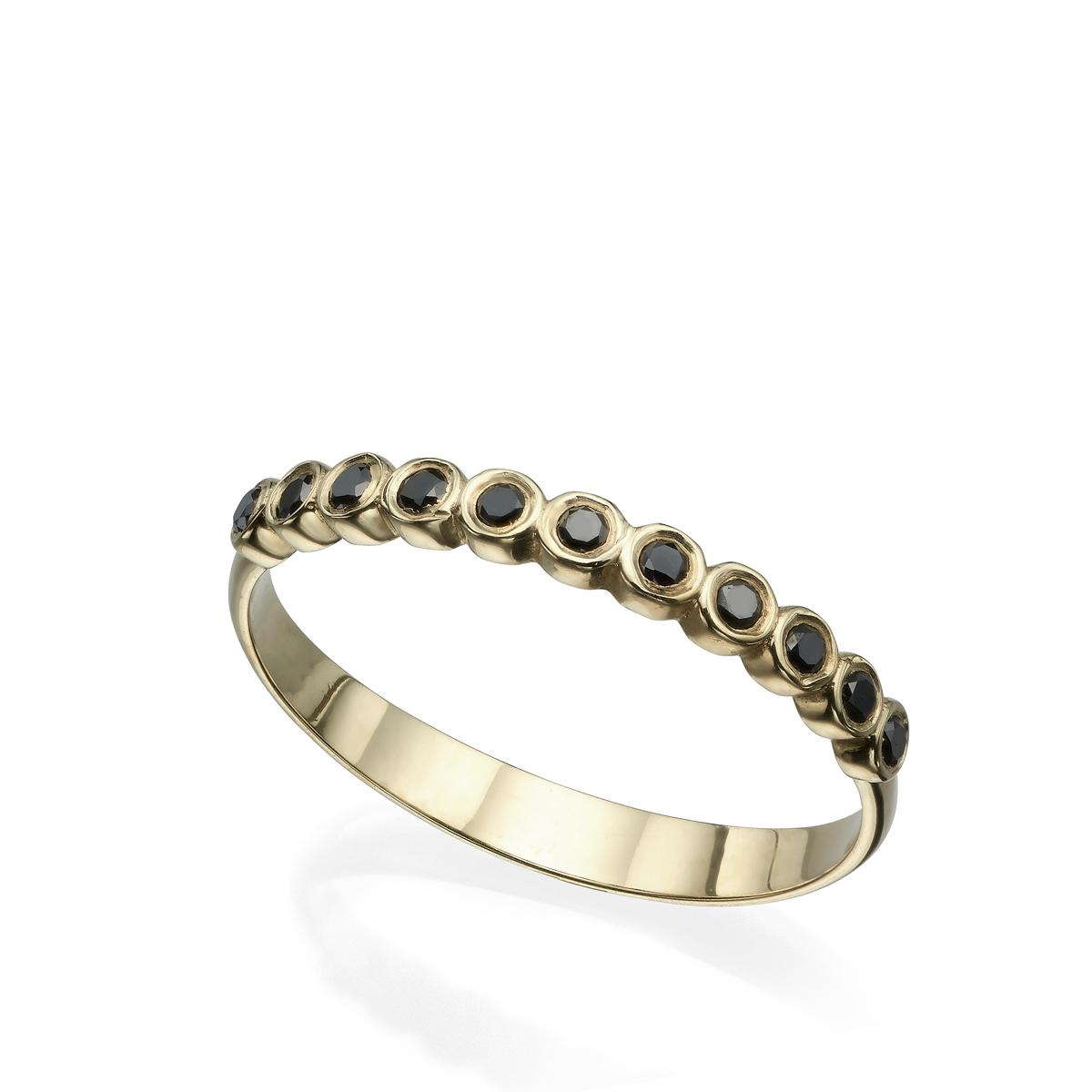 טבעת יהלומים שחורים בשיבוץ כוסות
