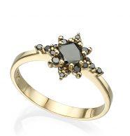 טבעת זהב משובצת יהלומים שחורים