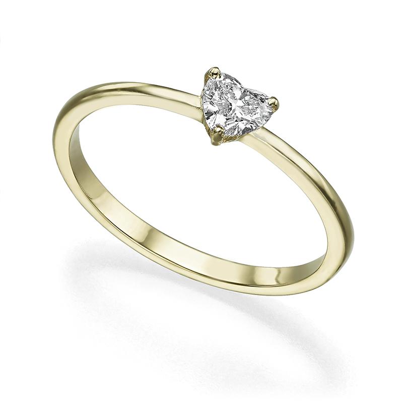 טבעת סוליטר  משובצת יהלום בחיתוך לב